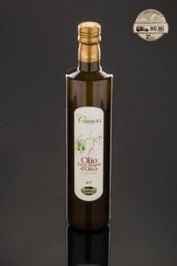 Quest'olio è il risultato di un blend di olive Siciliane (Nocellara Etnea, Moresca e Ogliarola Messinese ). Estratto a temperatura inferiore a 27° C